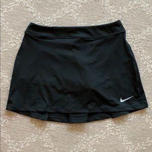 NWT Women's Nike Golf Skirt - Size S